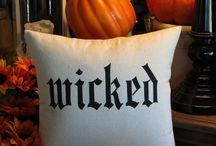 Halloween / by Megan Hess