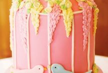 cake decorating / by Larisa Frederick