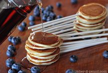 Breakfast Recipes / by Dayna Witherall
