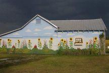 barns / by Pattie Komai