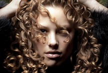 Hair styles / by Claudia Martins