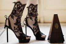 Fashion & Style / by Molly Reyna