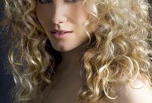 Thinking of Curly Haircuts / by Morgan Hendrix