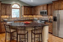 Kitchen / by Lindsey Hoopes