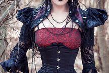 Evil Queen / by Laura Ulak