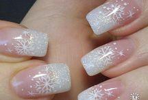Pretty nails / by Jennifer Shimeld