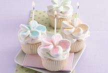 cupcakes / by Jennifer Peña