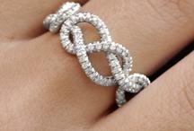 Jewels / by Naomi Mahmud