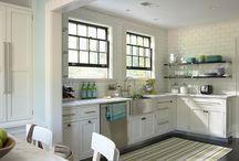Kitchens / by Sarah Reynolds