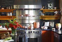 <3 Kitchens / by Jordan Leininger