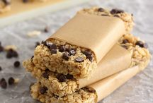 Food- Granola / Delicious homemade granola and granola bar recipes. / by Kelly {Eclectic Momsense}