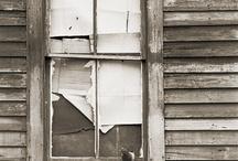 Doors, windows & stairs / by Lola Fernandez