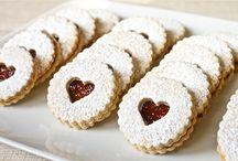 Candies, Cookies & Cupcakes / by Andrea Locke