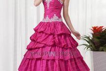 wedding party dress options / by Melissa Almeida
