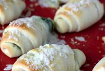 Entertainment Recipes / Recipes would like to try for upcoming parties. / by Silke Ledlow