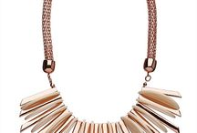 Fashion: Jewellery & Bling / by Claire Chadwick