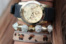 Sexy Watches / by Rosemarie Deschamps-Fontaine