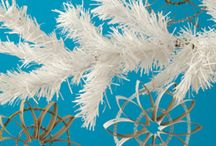 diy | christmas ornaments / by Donna Caruthers