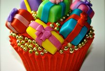 **Awesome Specialty Cakes and Cupcakes** / by Mare Silvey Bolin Miller