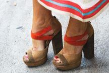 zapatos / by Charlene Montemayor