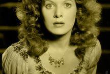 Maureen O'Hara / by Carla Mauger