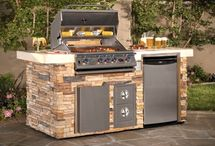 Outdoor Grill / by Kelly Giansante