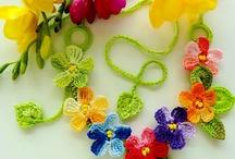 Crochet Necklace / by Aynur Aka