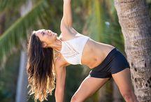 Yoga / Yoga for busy mums / by Sara Fraga (ME & TATA)