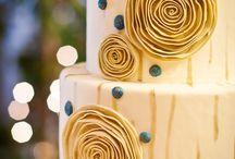Cakes / by Sherri Scoresby Tucker