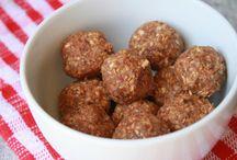 Recipes - Snacks & Smoothies / by Jessica Smith