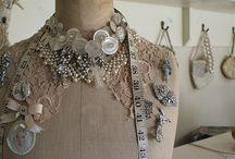 mixed media jewellery / by Jessamyn Sommers