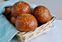 Breads and Rolls / by Lora Didriksen