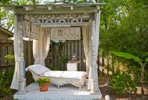 Backyard Retreat Inspiration / by Stephen Husted