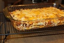 Food: Casseroles and Pasta Dishes / by Linda Fields