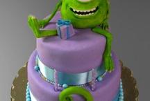 Cakes & cupcakes / by Astika Chetram
