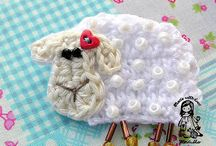 crochet colourful / by Julie Gibbins (crochetandsmile)