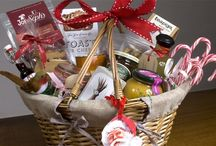 Christmas Hampers / by scaryg