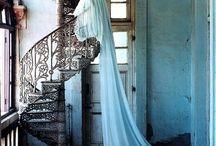 HANGING DRESS! / by Erika Cristina