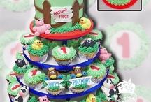 Cupcakes / by Faithfully Cakes