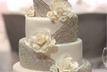 WEDDING CAKES / by Jereldene Anderson