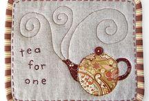 Quilt it {Mug rugs} / by Leah Hazelton