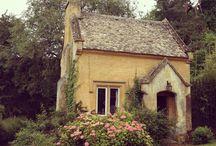 Home exteriors / by Paula Adamcewicz