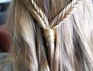 Hair / by Miranda Wiggins