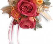 corsages / boutonnieres / by Dawn Cobb