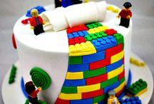 Cake decorating / by Stephanie Brown Farnsworth