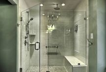Bathrooms / by Laurin Jennings