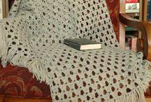 Sjaals, poncho's etc. gehaakt / by So Juul