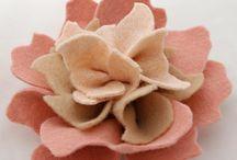 Felt blush flower / by Caroline Bitting