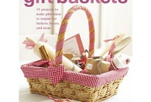 Gift Baskets / by Anna Doss