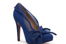 Shoe la la / by Zinnia Rivera